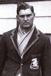 মরিস অ্যালম: টেস্ট অভিষেকে হ্যাটট্রিকে প্রথম বোলার
